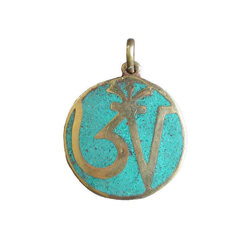"nepal ""om"" turquoise pendant top (gan043b)"