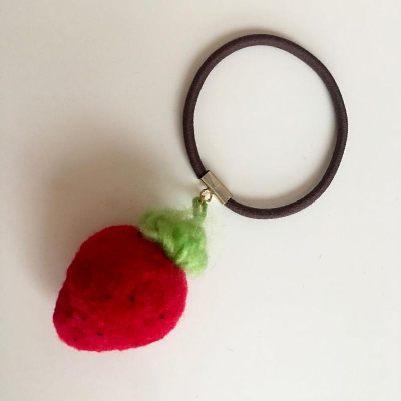 "LYS fruit parlor ""strawberry""ヘアゴム"
