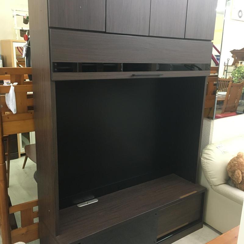 大容量収納!ハイタイプテレビボード