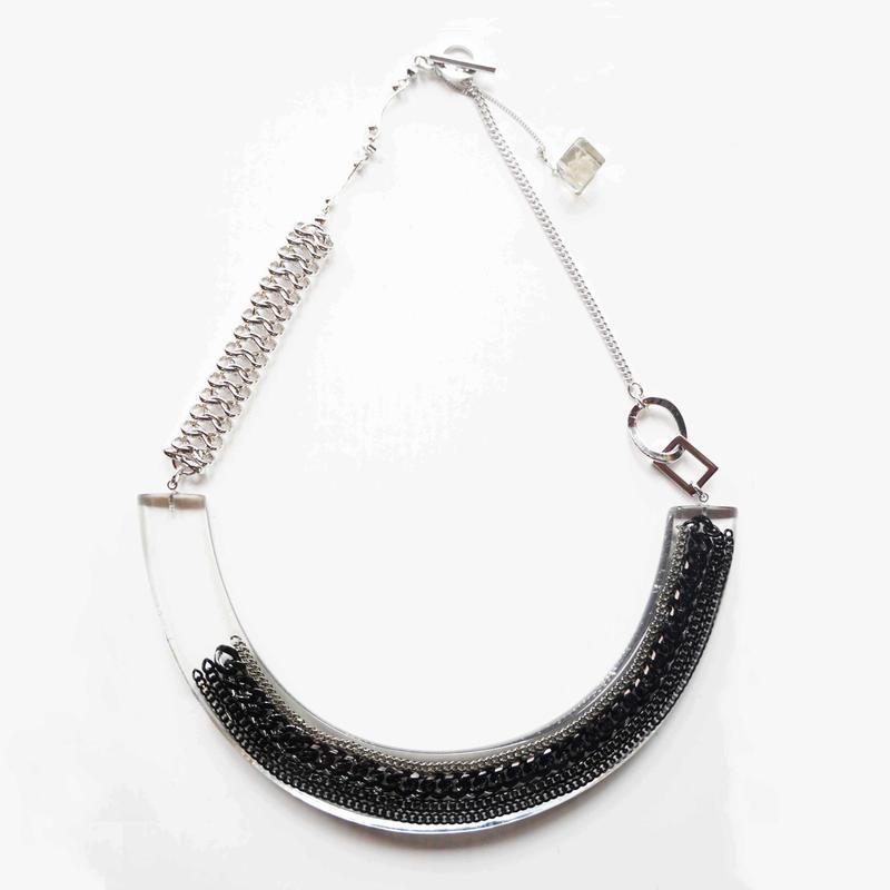 虹のかけらネックレス chain