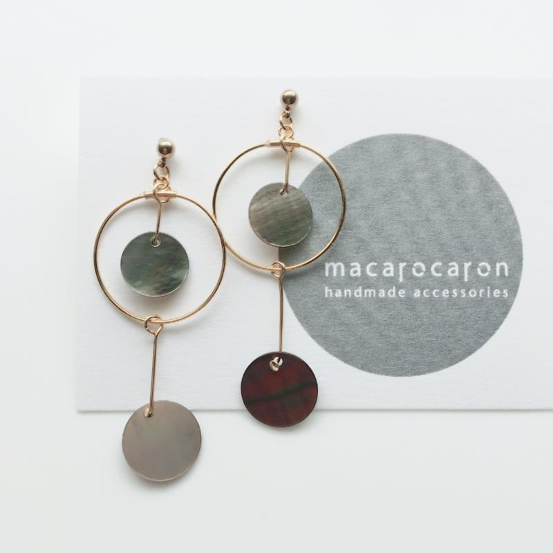 macarocaron #524 / Geometric hoops