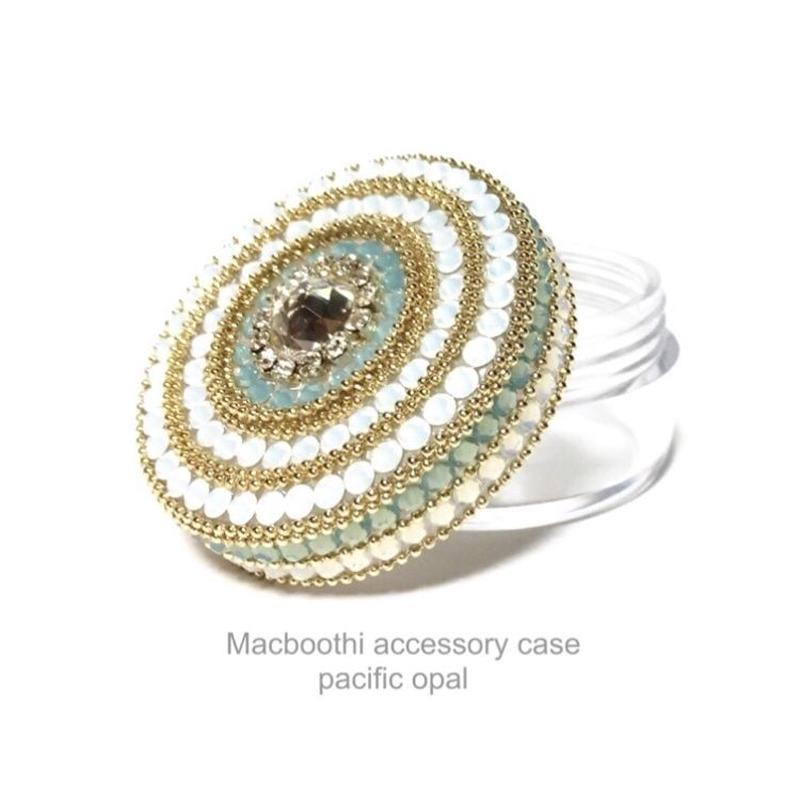 Macboothi accessory case /  pacific opal