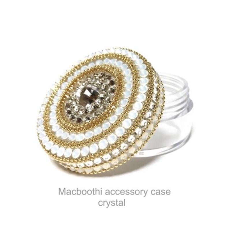 Macboothi accessory case /  crystal