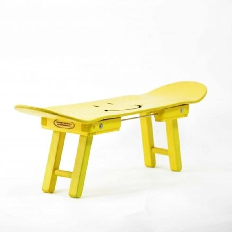 "skateBoard DeckStool ""Smile"" YELLOW"