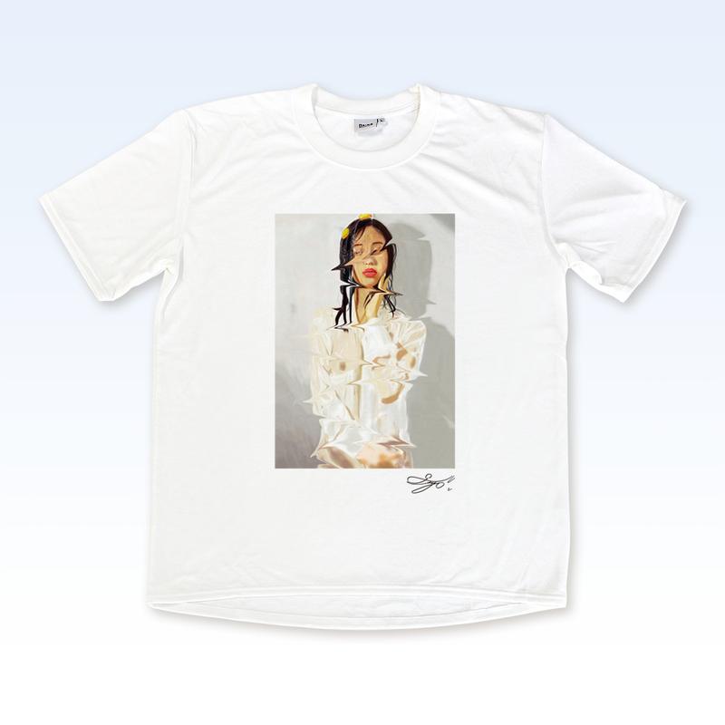 MAGO×BRING T-shirt【無精卵を被る女】