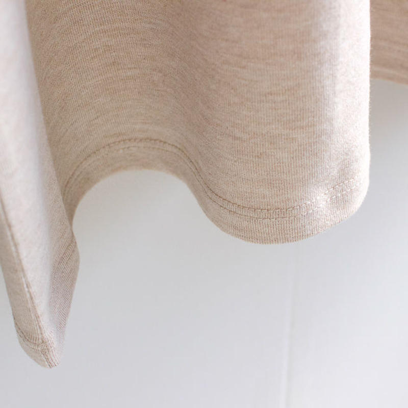 combed yarn enbroidery mark tshirt/heather beige