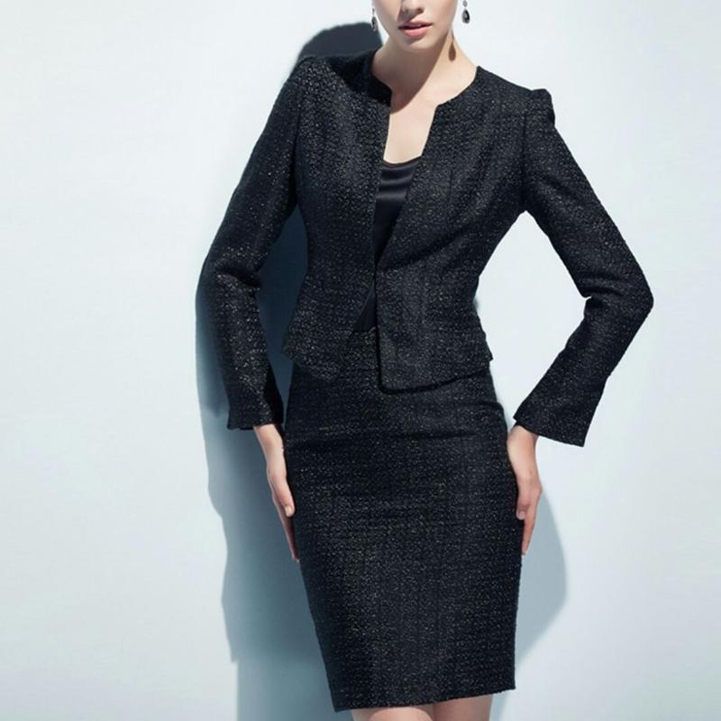 スーツセットアップ綺麗素材ノーカラージャケット+スカート白黒