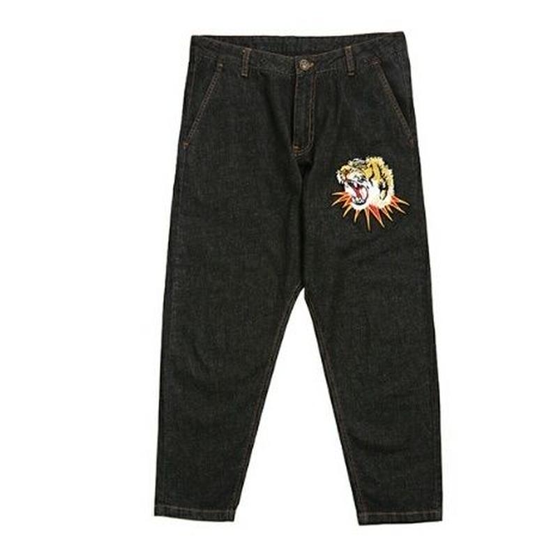 メンズポイント迫力表情トラ刺繍ブラックジーンズ