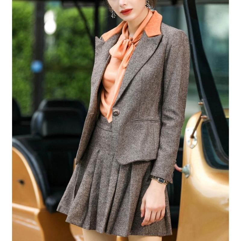 スーツセットアップ茶ジャケット+ミニプリーツスカート