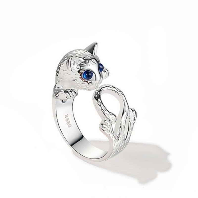 オフ/パーティーにも◎猫好きにおすすめ青目リング指輪