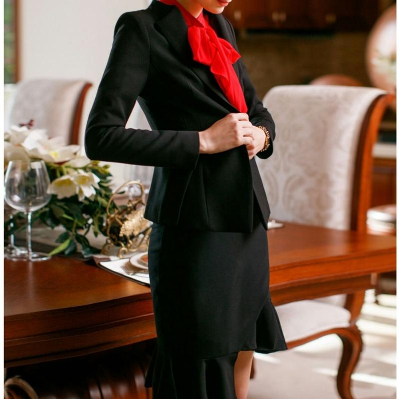 スーツセットアップ黒ジャケット+アシンメトリースカート
