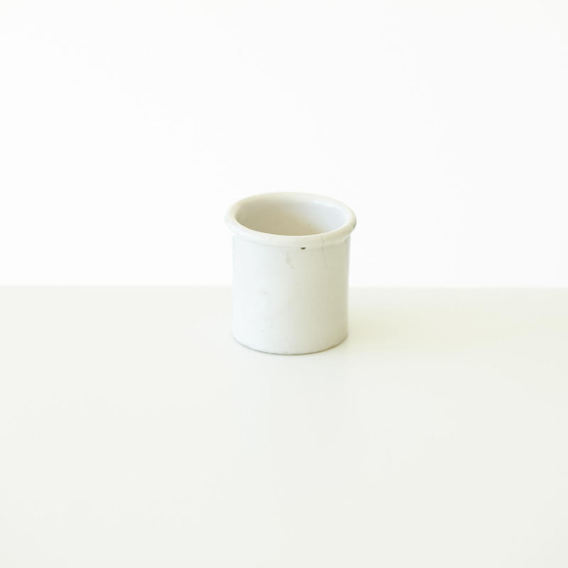 FRANCE / 白釉ポット