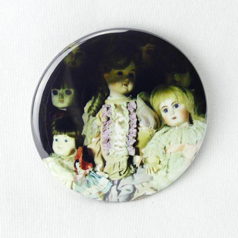 【怪談社】人形バッジ3 BO06