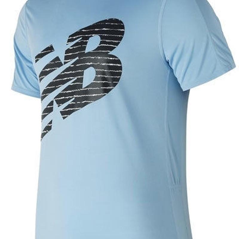 new balance/ニューバランス/アクセレレイトショートスリーブグラフィックTシャツ(クリアスカイ)【AMT81274-CLS】