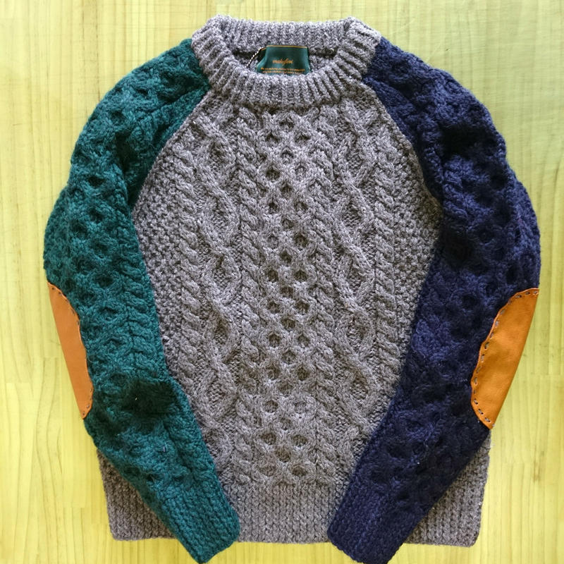 makufuri Field Man Sweater