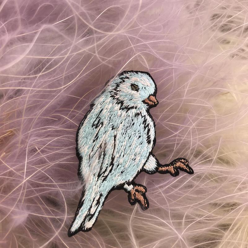 水色の小鳥