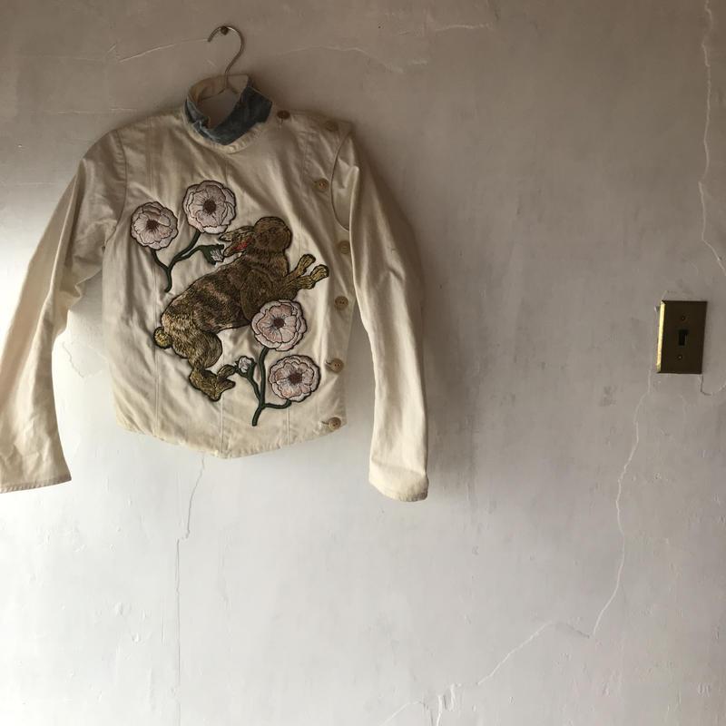 兎フェンシングジャケット (オブジェ)