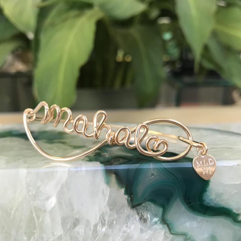 Manoa Love Design /14K gf. Mahalo(ハワイ語、感謝・ありがとう) ブレスレット ($128→ 20%off後  $102.40)