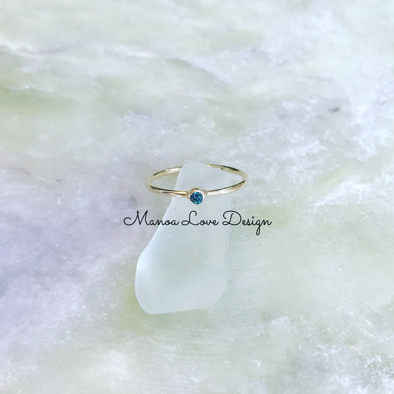 14K / 2.0mmブルーダイヤモンドリング ($380)