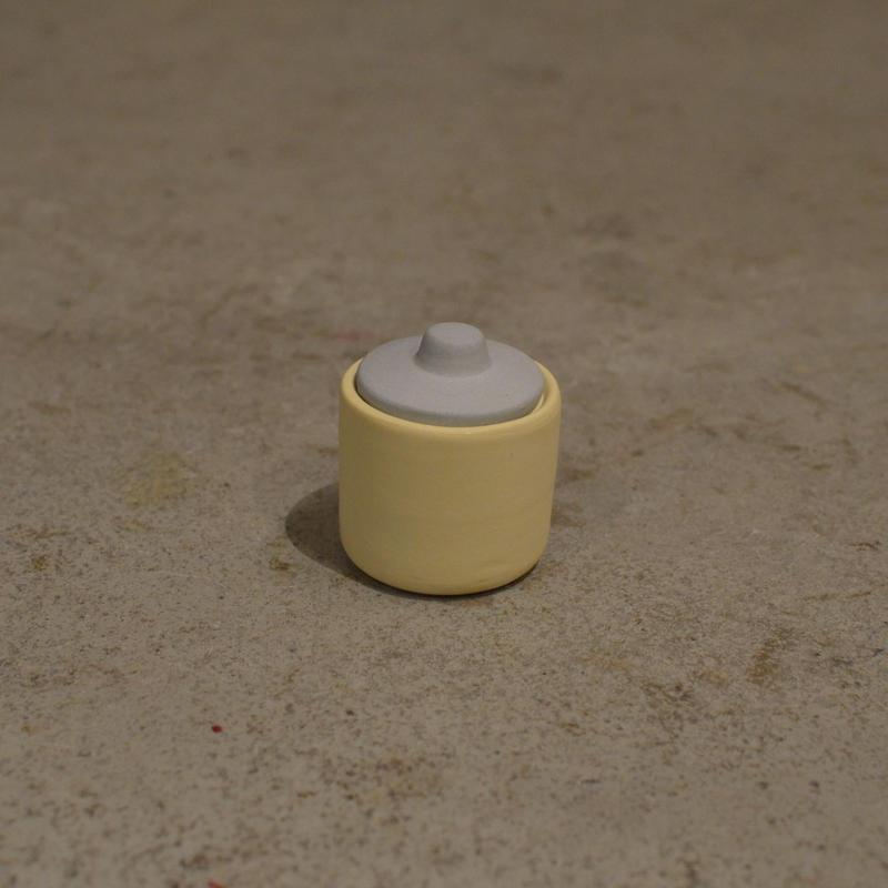 HELEN LEVI / Tiny tinted stoneware jar