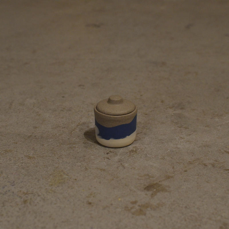 HELEN LEVI / Beach Series - Tiny tinted stoneware jar
