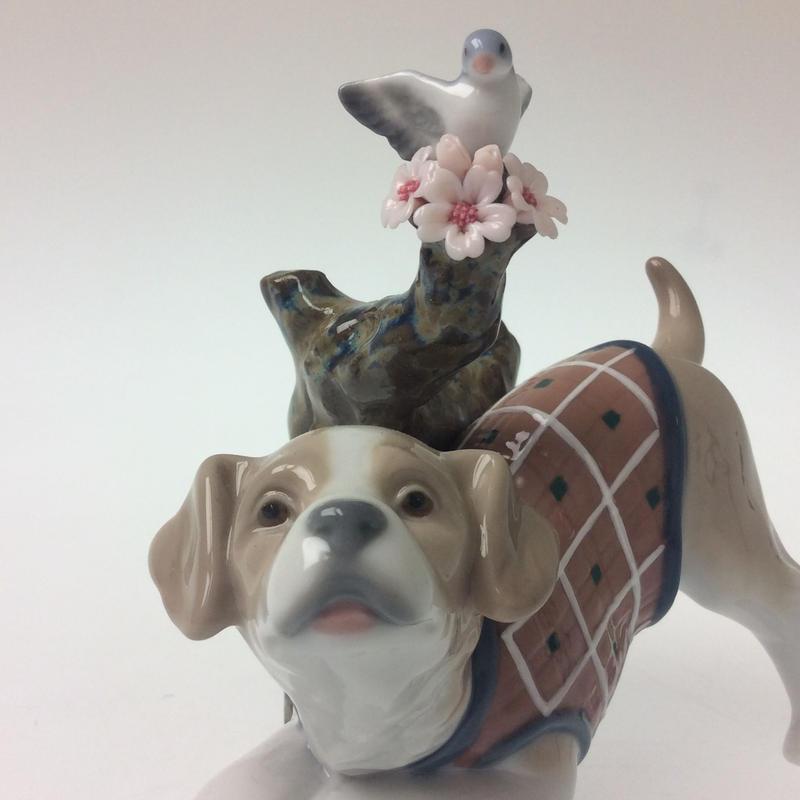 【リヤドロ】桜の咲くころ―仔犬  8381
