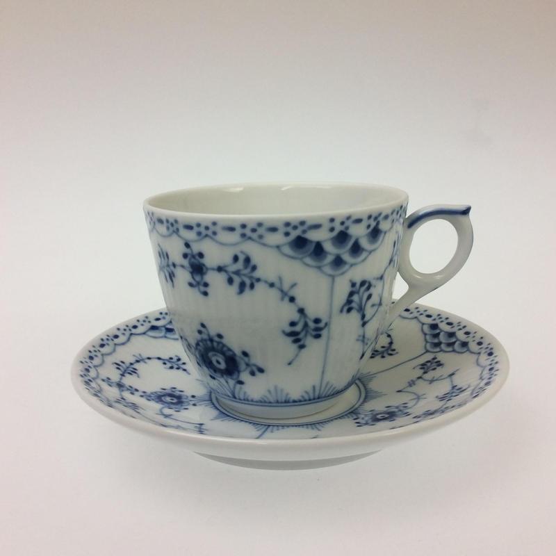 【ロイヤルコペンハーゲン】ブルーフルーテッドハーフレース   コーヒーカップ&ソーサー