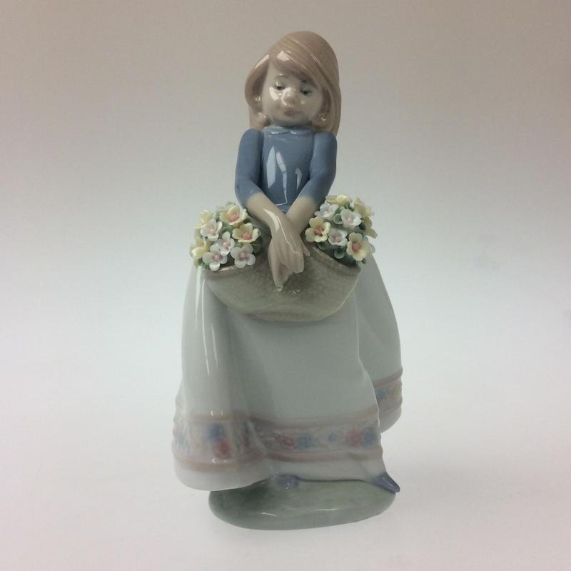 【リヤドロ】五月の花 5467
