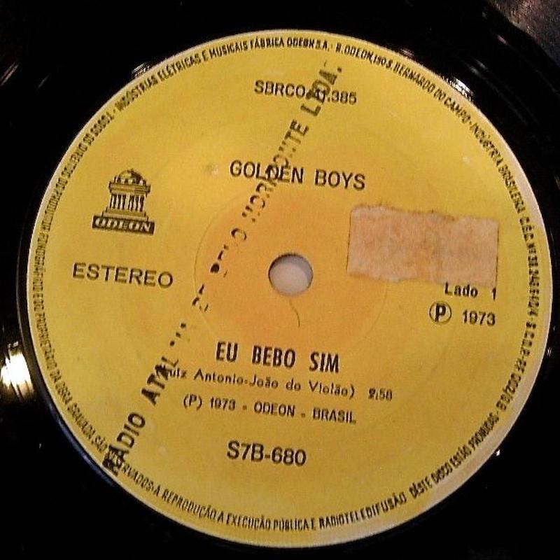 GOLDEN BOYS / EU BEBO SIM/ ESTRANGE