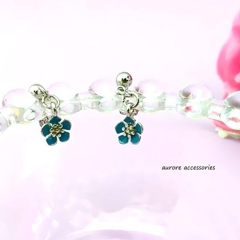 flower pierced earrings フラワーピアス ブルー 小ぶり