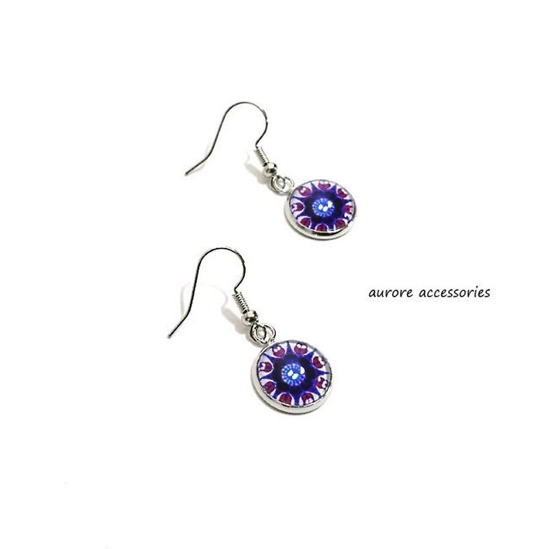 purple pierced earrings パープルのピアス