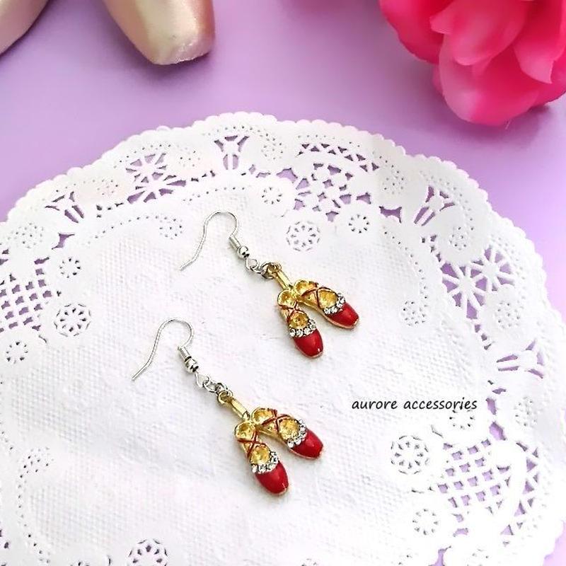 ballet shoes pierced earrings バレエシューズのピアス  レッド