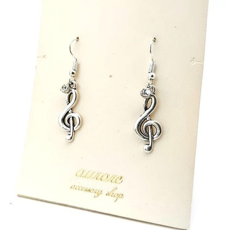 treble cle pierced earrings ト音記号のピアス