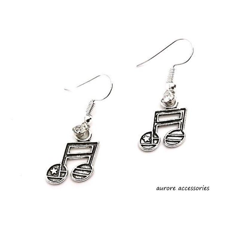 note pierced earrings 音符のピアス  星