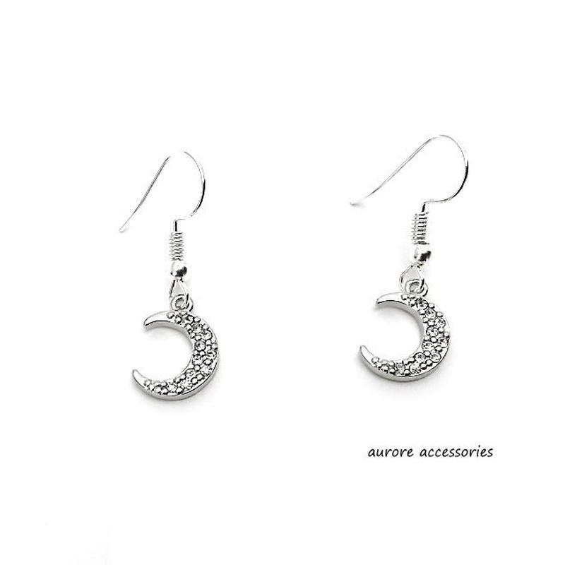 moon pierced earrings 月のピアス シルバー