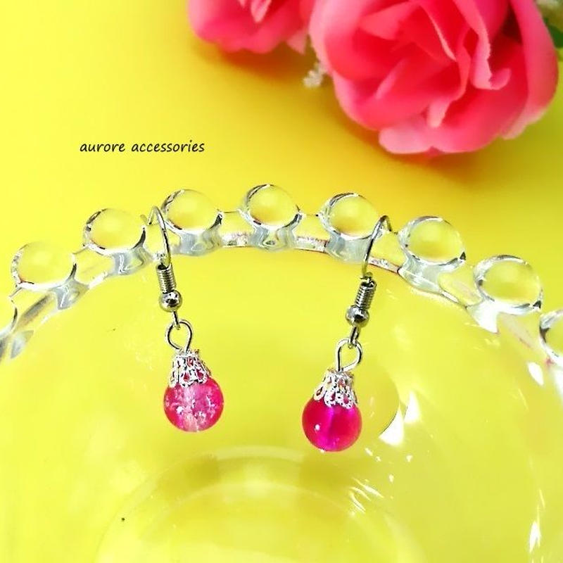 pink pierced earrings クラックビーズのピアス ピンク