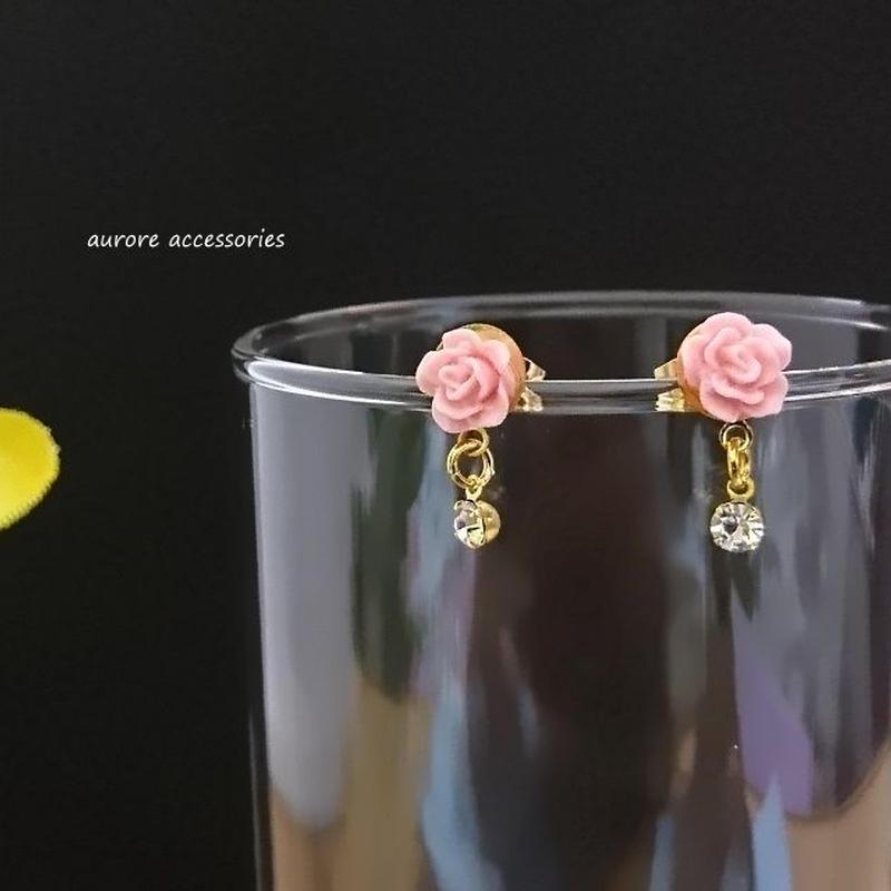 rose pierced earrings バラのピアス ピンクローズ 小ぶり
