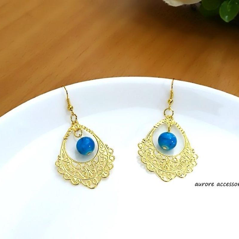 blue & gold pierced earrings 透かしゴールド&ブルー(ターコイズカラー)