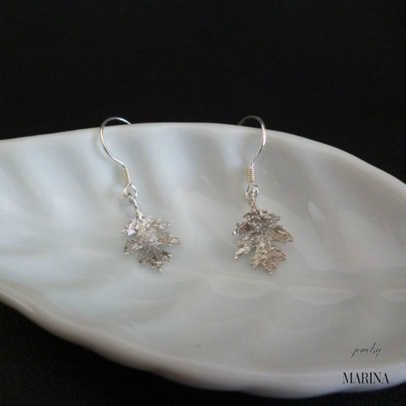 american oak leaf earrings -silver
