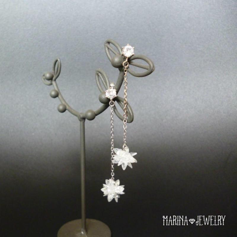 雪の華のピアス - crystal long