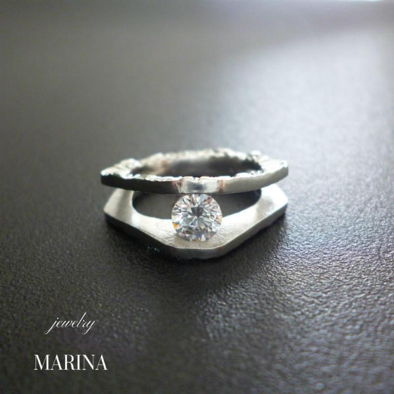 Marie - between the treasure