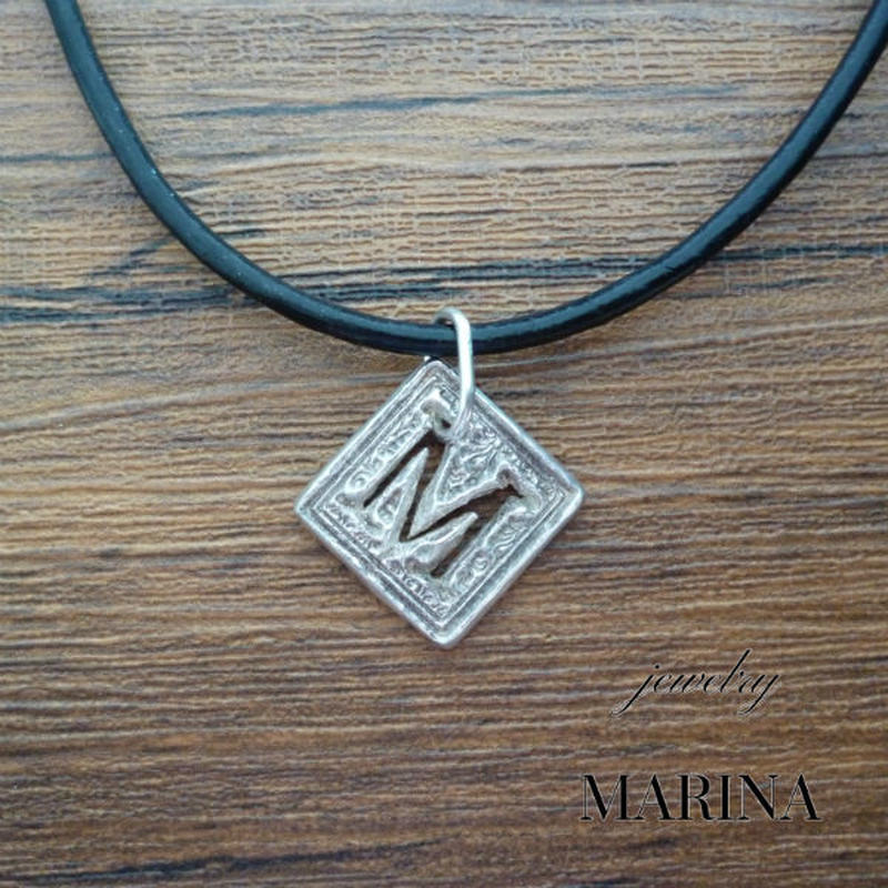 "Initial necklace  ""M""  - silver Marie"