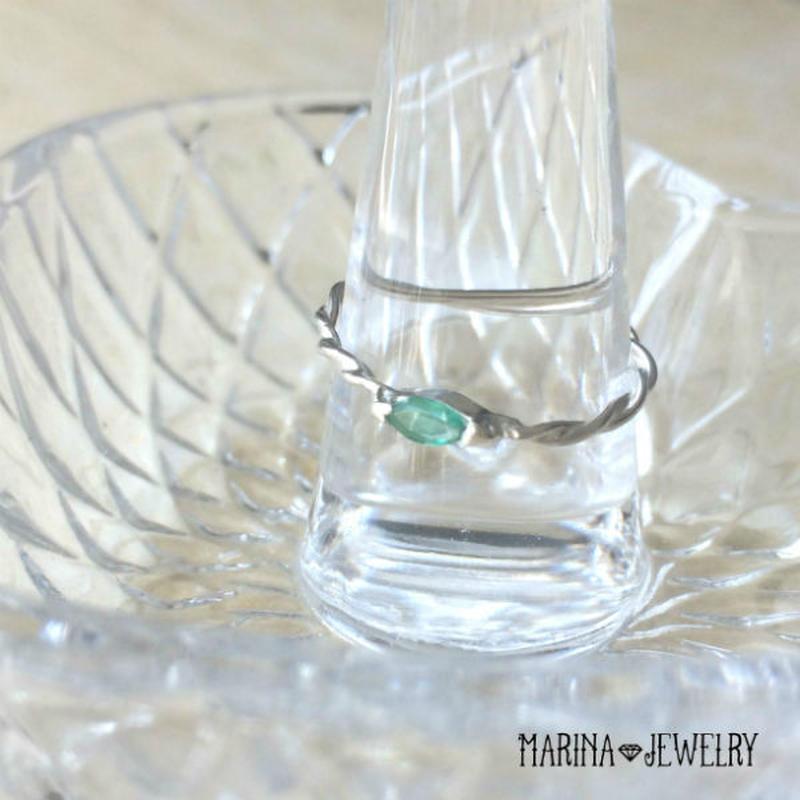 Emerald twisted Ring - エメラルドのリング -
