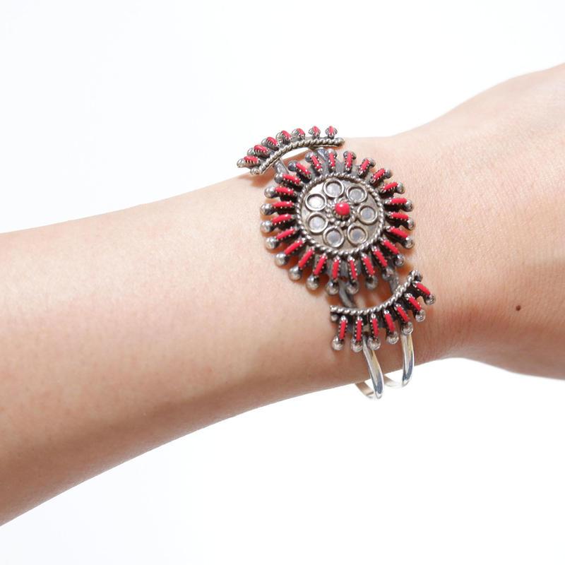INDIAN JEWELRY/navajo族/Coral bracelet/bangle
