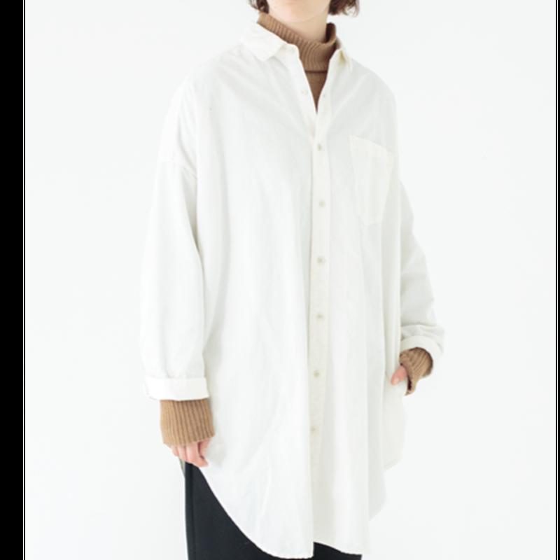 UNIVERSAL TISSU /東炊きスタンドカラーラウンドシャツ /キナリ