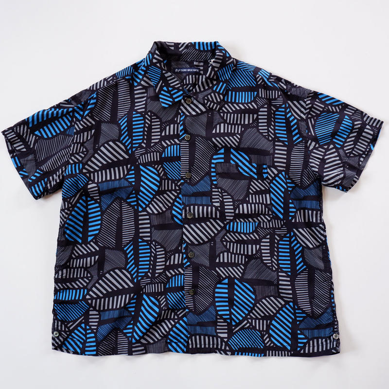 ☆ゆったりとしたサイズ感が特徴的☆TIGRE BROCANTE(ティグルブロカンテ)/バイマイレーヨンベニスビーチ半袖シャツ