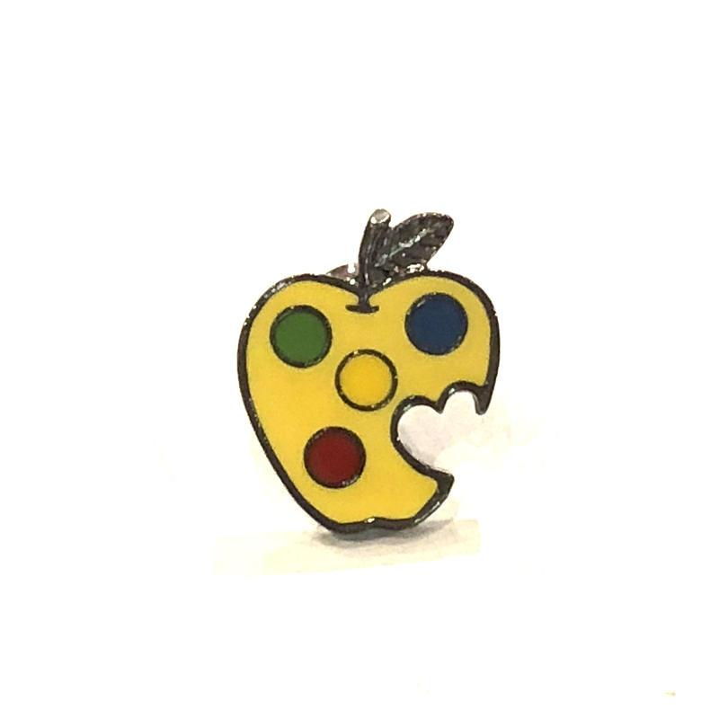 BRU NA BOINNE(ブルーナボイン) 毒リンゴピンバッチ/yellow