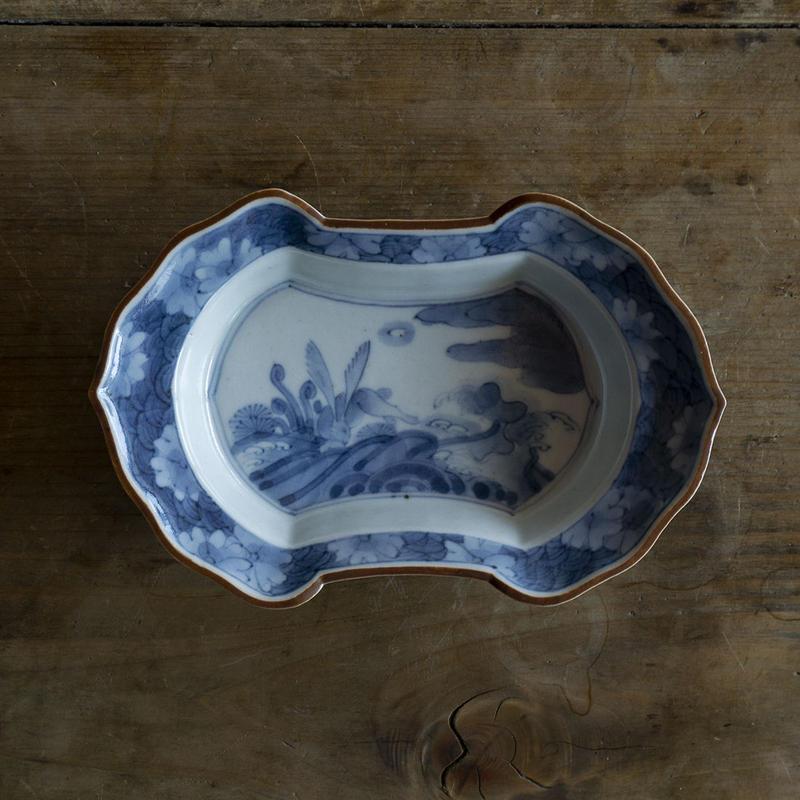 浜野まゆみ 染付兎紋分銅形皿