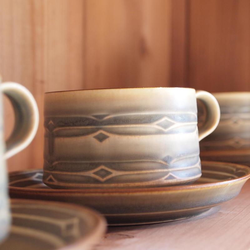Rune ティーカップ&ソーサー