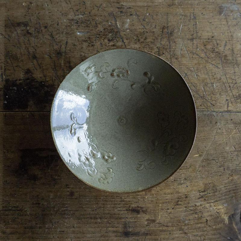 生形由香 灰釉刻花紋 5寸鉢